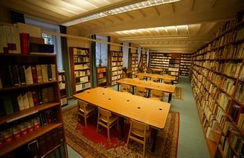 Könyvtári információk